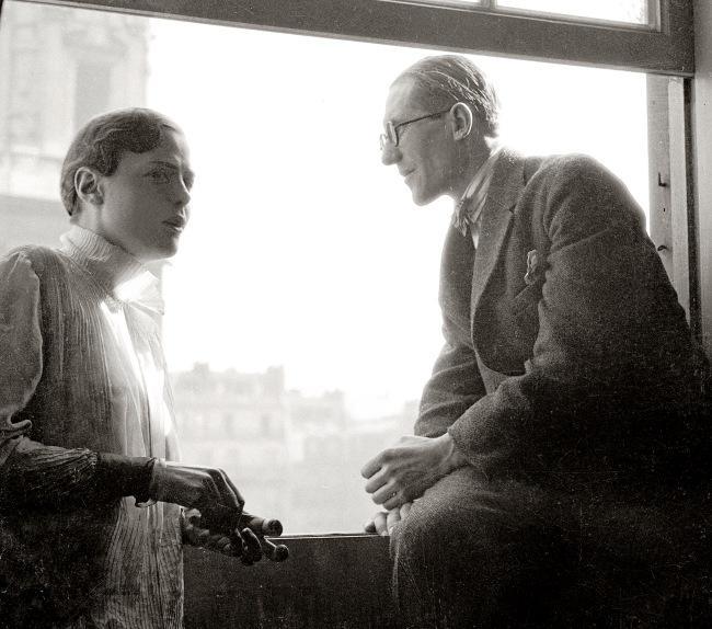 Charlotte Perriand und Le Corbusier, Paris, Place Saint Sulpice, 1928 (Ausschnitt). (c) Archiv Charlotte Perriand / Elisabeth Sandmann